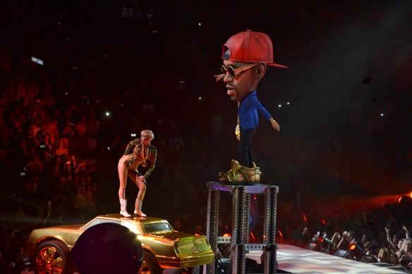 Miley1